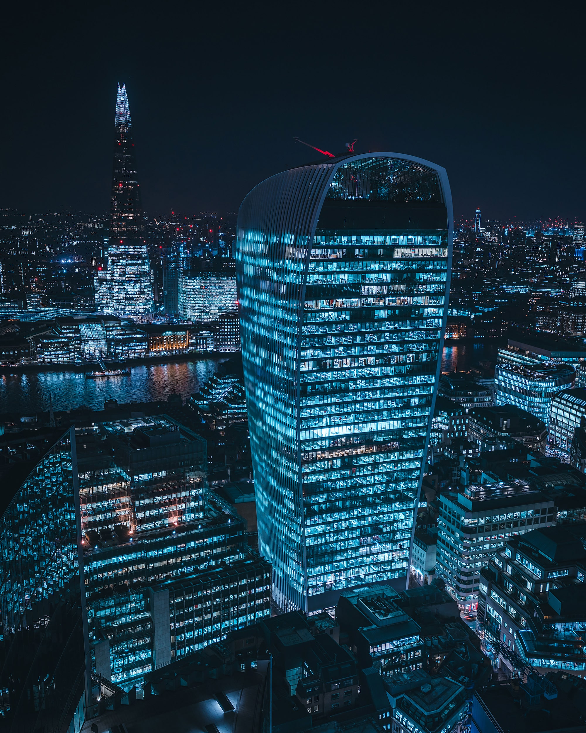 mike wil sony alpha 7RIII 20 fenchurch building at night