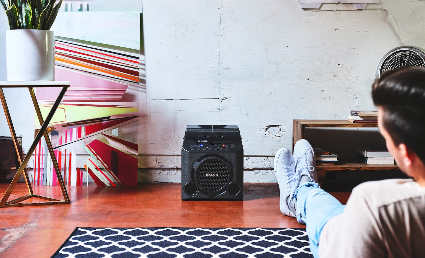 Lifestyle image of GTK-PG10 in an indoor environment