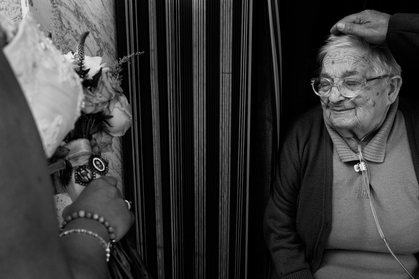 jorge miguel sony alpha 7RII brides grandmother looking on