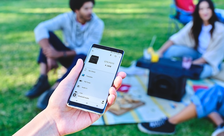 Smartphone connecting to the GTK-PG10 via Fiestable app